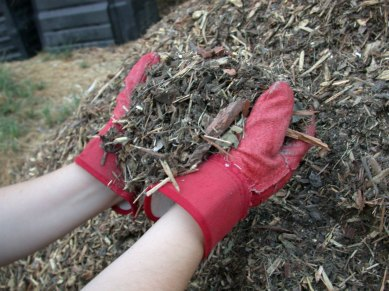 mulch_shredded_yard_waste001